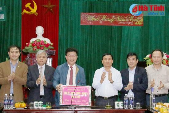 Bí thư tỉnh uỷ Lê Đình Sơn kiểm tra công tác bảo vệ rừng