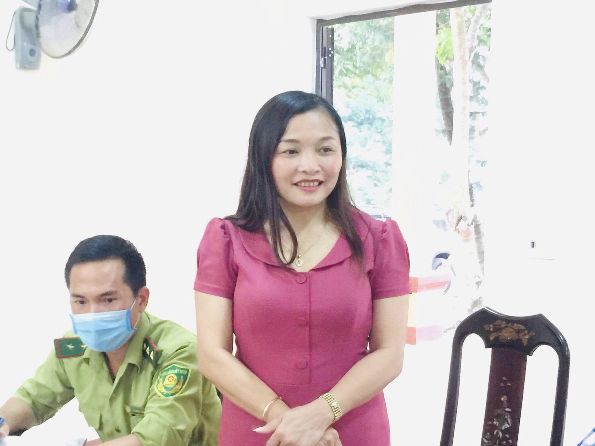Đồng chí Nguyễn Thị Hà Tân – Bí thư Huyện ủy tham dự họp Chi bộ thường kỳ tại Đảng bộ Vườn Quốc gia Vũ Quang